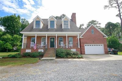 Hampton Residential For Sale: 25 Oyster Shell Ln