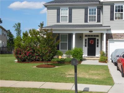 Suffolk Single Family Home New Listing: 2001 Smalleys Dam Cir