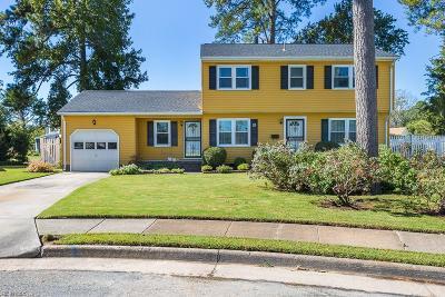 Hampton Single Family Home New Listing: 28 Melissa Ct