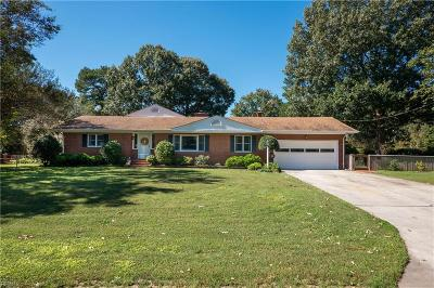 Virginia Beach Single Family Home New Listing: 709 Simpkins Ln