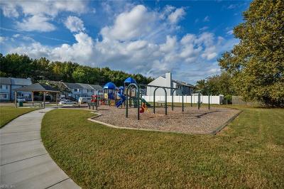 Virginia Beach Single Family Home New Listing: 437 Indian Summer Ln