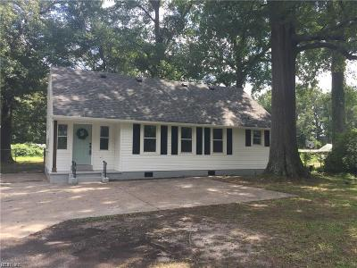 Chesapeake Single Family Home New Listing: 825 Canal Dr