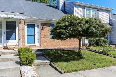 Yorktown Single Family Home New Listing: 125 Briarwood Pl