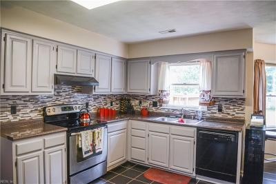 Chesapeake Single Family Home New Listing: 728 Clearfield Ave