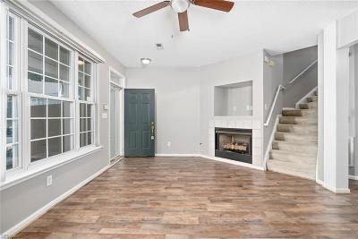 Newport News Single Family Home New Listing: 804 Oak Springs Ct