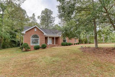 Suffolk Single Family Home New Listing: 843 Colonel Meade Dr