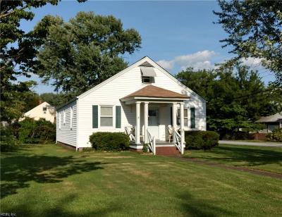 Hampton Single Family Home New Listing: 46 N Boxwood St N