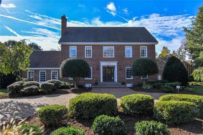 Virginia Beach Single Family Home New Listing: 1717 Jermyn Ln