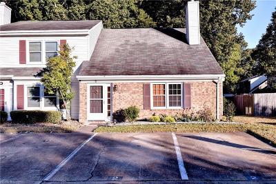 Hampton Single Family Home New Listing: 2 Covenant Ct