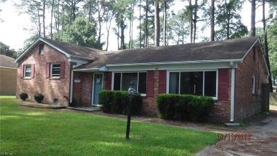 Hampton Single Family Home New Listing: 12 Balmoral Dr