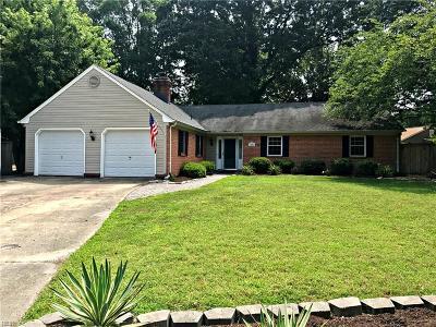 Virginia Beach Single Family Home New Listing: 1001 Birnam Woods Dr