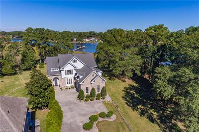 Single Family Home For Sale: 501 Hunts Pointe Dr