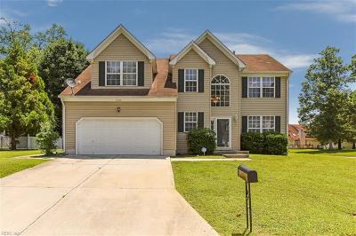 Suffolk Single Family Home New Listing: 1100 Pin Oak Dr