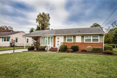 Hampton Single Family Home New Listing: 207 Lynnhaven Dr