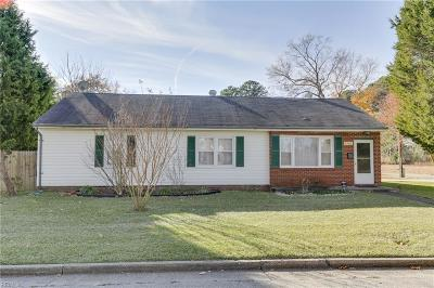Norfolk Single Family Home New Listing: 1561 Nelms Ave