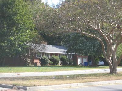 Newport News Single Family Home For Sale: 6100 Chestnut Ave