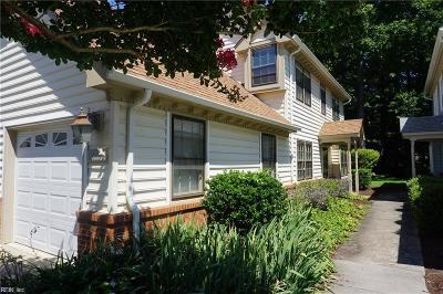 Chesapeake Single Family Home New Listing: 938 Shoal Creek Trl #B