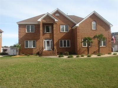 Chesapeake Single Family Home For Sale: 1036 Harwich Dr
