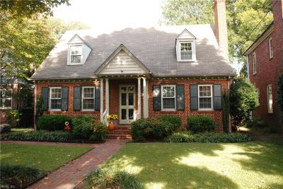 Norfolk Single Family Home For Sale: 928 Larchmont Cres