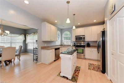 Chesapeake Single Family Home For Sale: 2605 Pitchback Ln