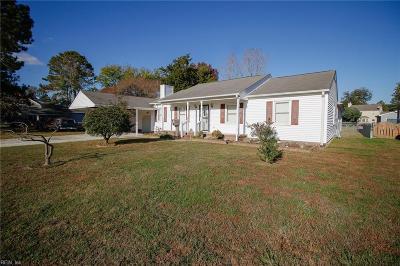 Newport News Single Family Home For Sale: 94 Brennhaven Dr