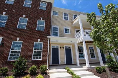 Hampton Single Family Home For Sale: 209 Fountain Way #27