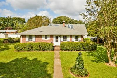Chesapeake Single Family Home For Sale: 4016 Georgia Rd