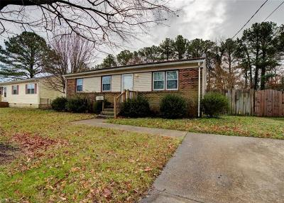Hampton Single Family Home For Sale: 112 Lorigan Ln