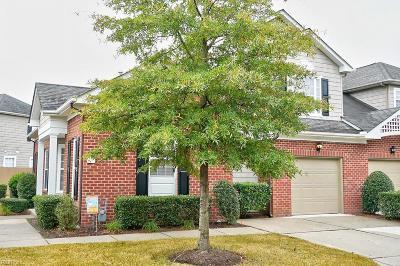 Chesapeake Single Family Home New Listing: 1525 Penton Mews