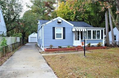 Hampton Single Family Home For Sale: 67 Beach Rd