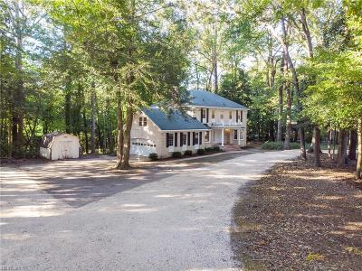 Single Family Home For Sale: 1359 Little Neck Rd