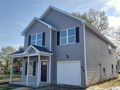 Portsmouth Single Family Home For Sale: 3005 Smithfield Rd