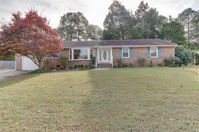 Chesapeake Single Family Home New Listing: 4052 Belvedere Dr