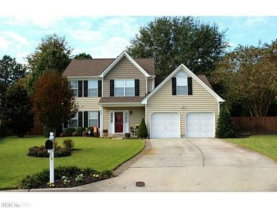 Chesapeake Single Family Home New Listing: 2004 Emmbrook Ct