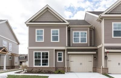Chesapeake Single Family Home New Listing: 114 Repose Ln #37