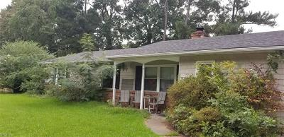 Virginia Beach Single Family Home For Sale: 3232 Bow Creek Blvd
