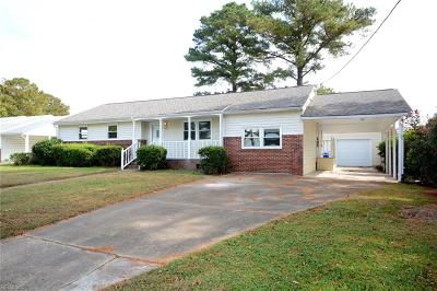Portsmouth Single Family Home New Listing: 613 Nottingham Rd