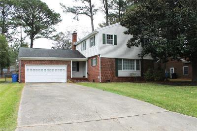 Chesapeake Single Family Home New Listing: 3213 Foxgrove Ln