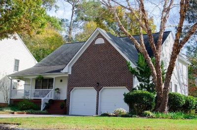 Chesapeake Single Family Home New Listing: 528 Broad Bend Cir