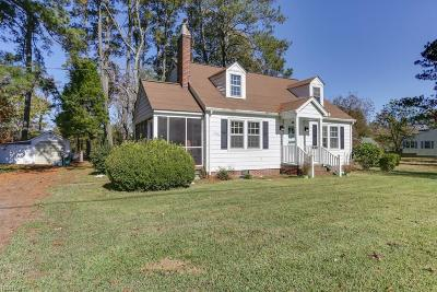 Suffolk Single Family Home New Listing: 2972 Kings Hwy