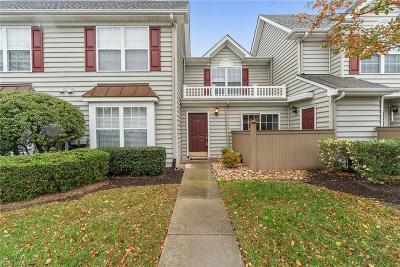 Suffolk Single Family Home New Listing: 509 Waters Edge Ln