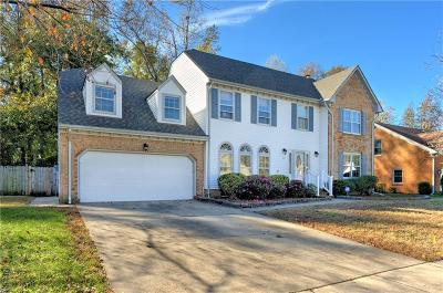 Chesapeake Single Family Home New Listing: 1214 Lake Point Dr