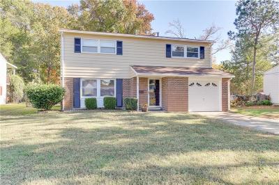 Hampton Single Family Home New Listing: 140 Hunt Club Blvd