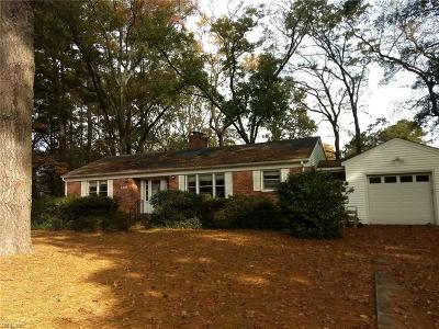 Portsmouth Single Family Home New Listing: 2304 Sterling Point Dr