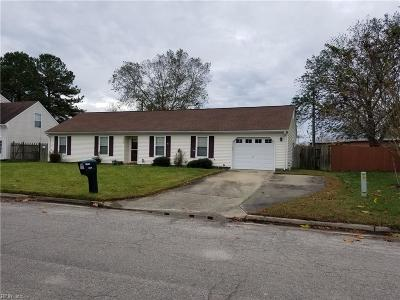 Chesapeake Single Family Home New Listing: 2805 Cedar Cove Ln