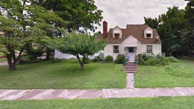 Norfolk Single Family Home Under Contract: 3744 Henrico St