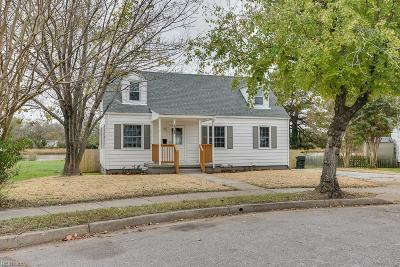 Norfolk Single Family Home New Listing: 1316 E Norcova Dr