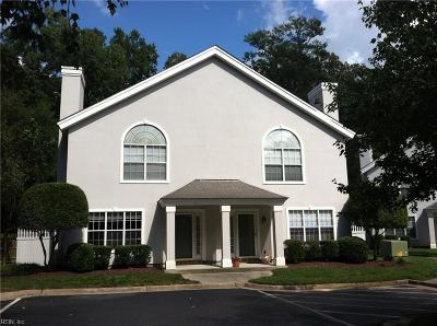 Chesapeake Single Family Home New Listing: 575 Seahorse Run Rn