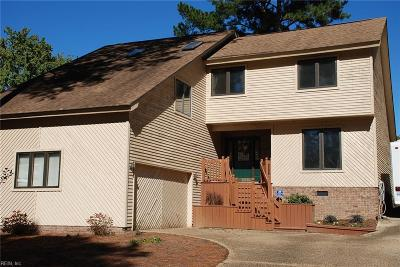 Virginia Beach Single Family Home New Listing: 1944 Sandee Cres