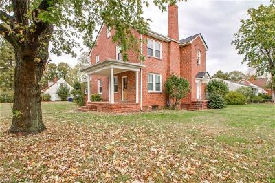 Portsmouth Single Family Home New Listing: 140 Constitution Ave